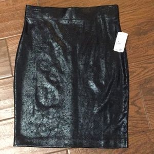 Forever 21 faux leather skirt size M